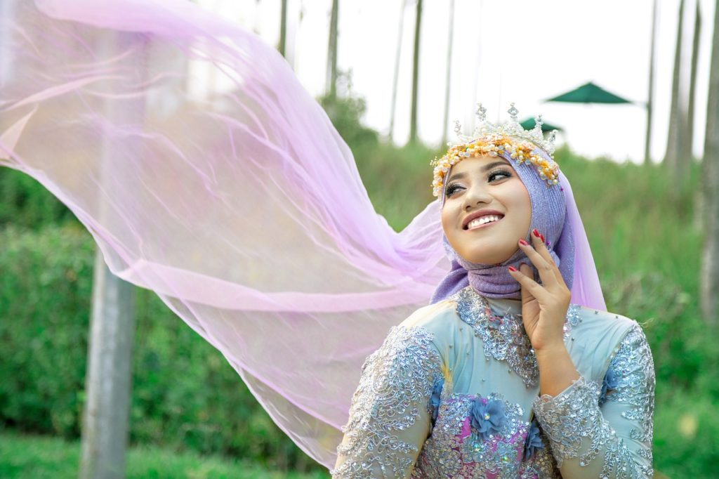 pretty women hijab